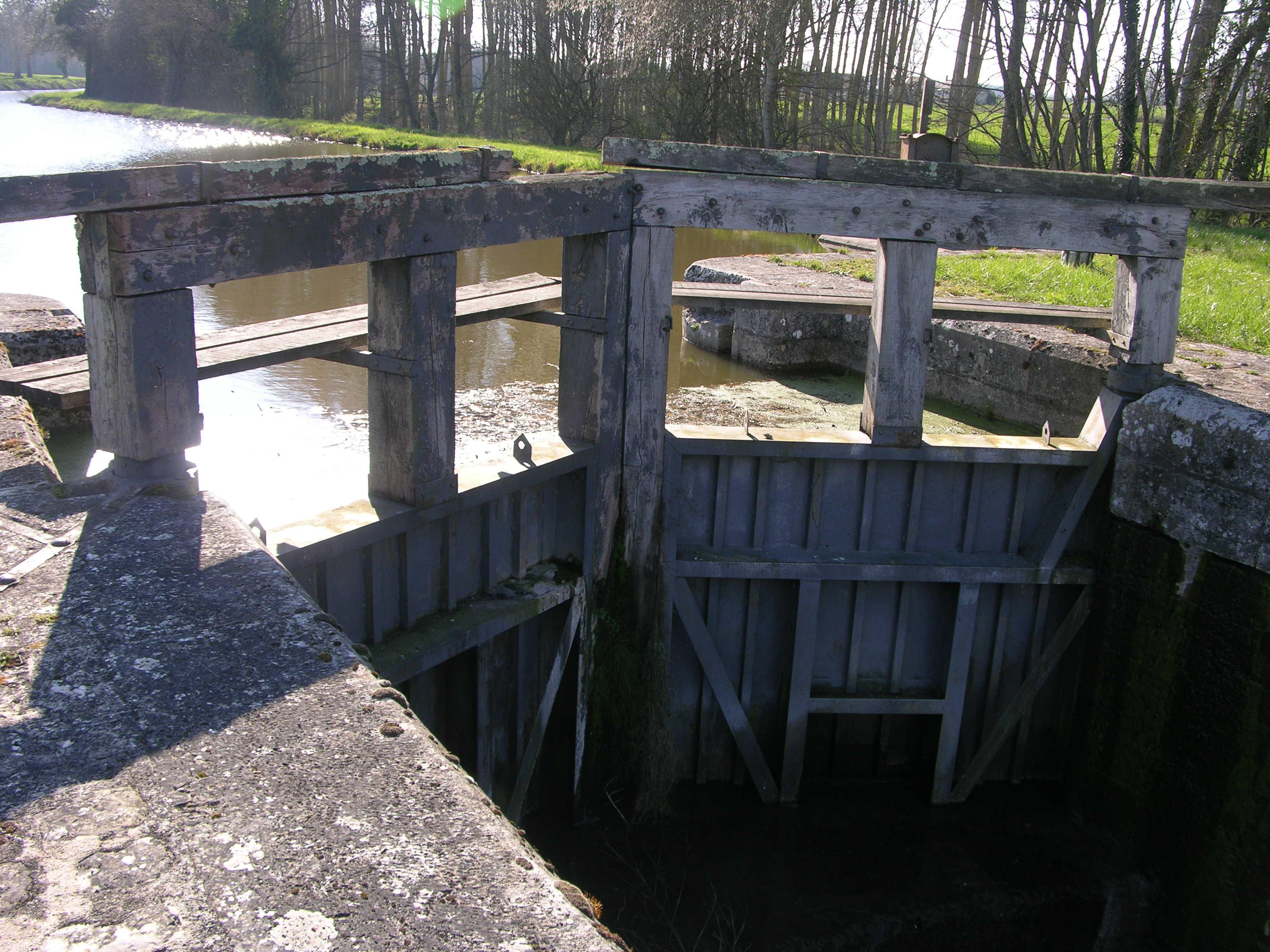 Maître D Oeuvre Orléans ecluses de choiseau et de la chaussée à coudroy - canal d
